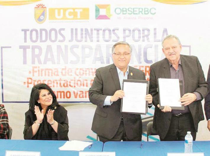 Firman convenio Alcalde y ObserBC para mejorar la transparencia